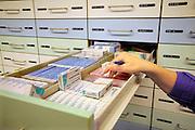 Nederland, Nijmegen, 25-11-2010Geneesmiddelen, medicijnen in een apotheekFoto: Flip Franssen