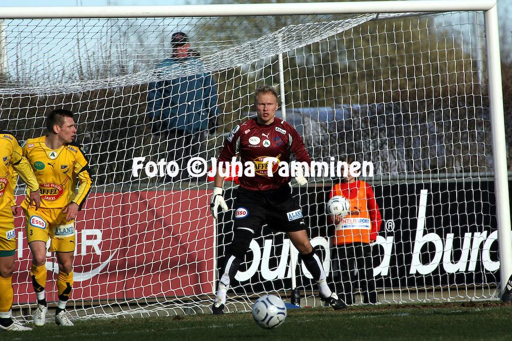 22.04.2007, Veritas Stadion, Turku, Finland..Veikkausliiga 2007 - Finnish League 2007.TPS Turku - IFK Mariehamn.Antti Kuismala - IFKM.©Juha Tamminen.....ARK:k