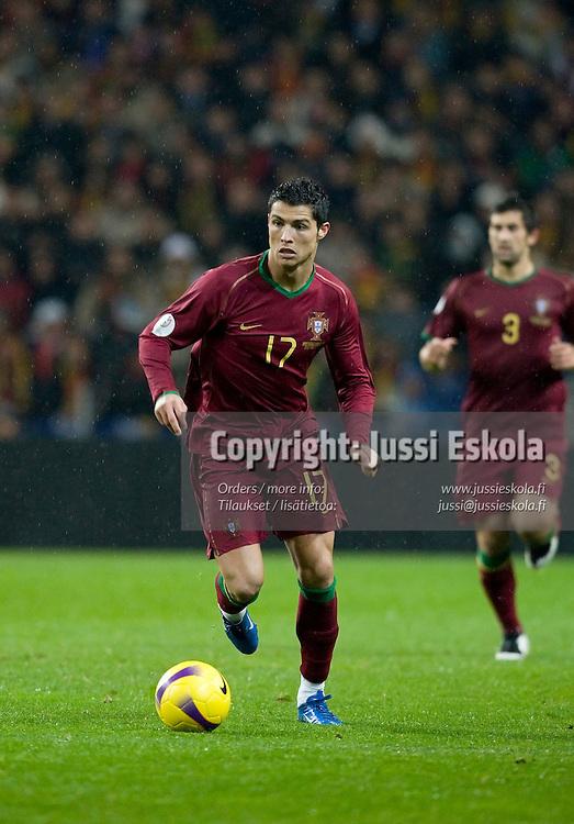 Cristiano Ronaldo. Portugali-Suomi, EM-karsinta, Porto. 21.11.2007. Photo: Jussi Eskola