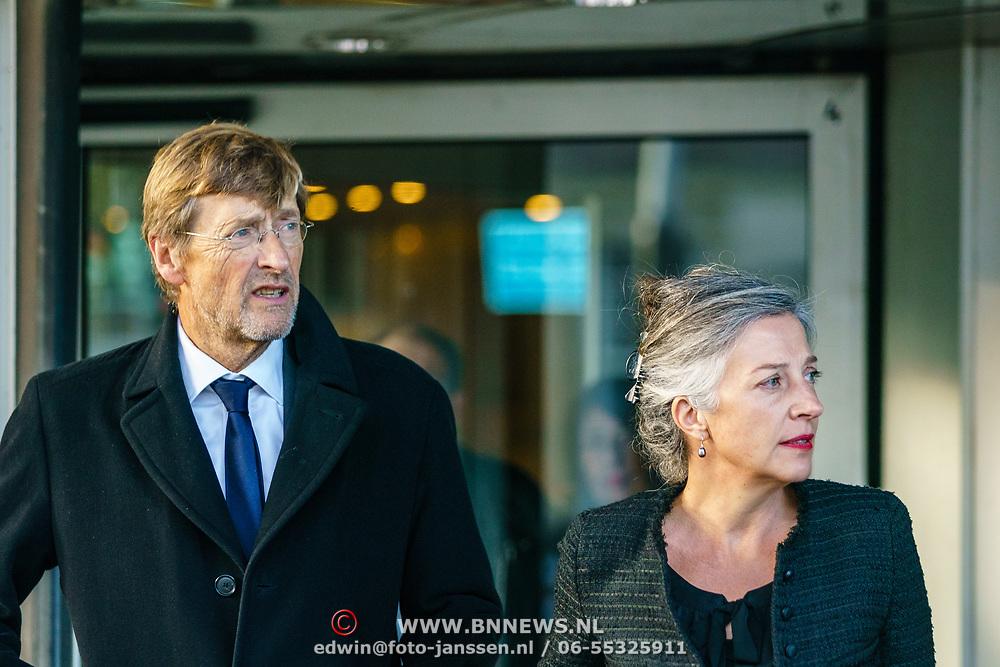 NLD/Amsterdam/20181027 - Herdenkingsdienst Wim Kok, Ferry Mingelen en partner Marike van den Berg