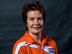 22-09-2017 NED: Portret zitvolleybalsters Oranje 2017-2018, Leersum<br /> Nederland bereidt zich voor op het komende EK zitvolleybal / Teammanager Koosje de Koeijer