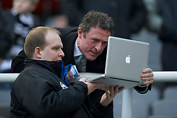 NEWCASTLE, ENGLAND - Saturday, March 5, 2011: Everton's Chief-Executive Robert Elstone with press officer Mark Rowan during the Premiership match against Newcastle United at St. James' Park. (Photo by David Rawcliffe/Propaganda)