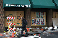 A closed Starbucks in Washington, DC on November 14, 2008.  Photo by Dennis Brack