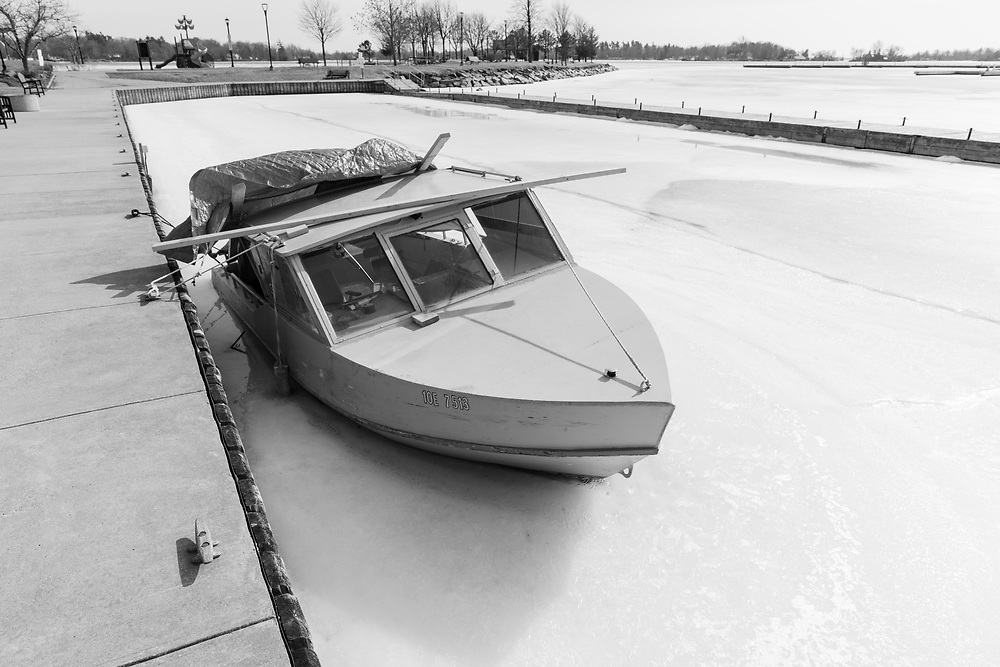 https://Duncan.co/boat-trapped-in-ice