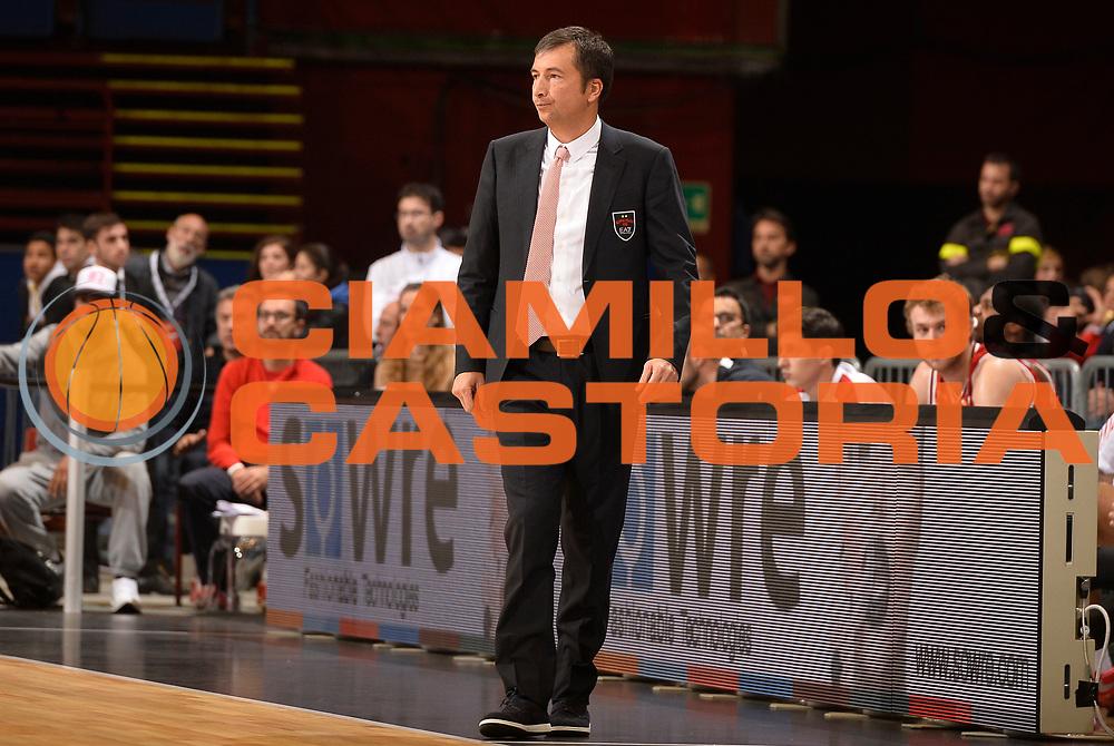 DESCRIZIONE : Milano Lega A 2014-2015 EA7 Emporio Armani Milano Umana Venezia<br /> GIOCATORE : Luca Banchi<br /> CATEGORIA : allenatore coach<br /> SQUADRA : EA7 Emporio Armani Milano<br /> EVENTO : Campionato Lega A 2014-2015<br /> GARA : EA7 Emporio Armani Milano Umana Venezia<br /> DATA : 26/10/2014<br /> SPORT : Pallacanestro<br /> AUTORE : Agenzia Ciamillo-Castoria/R.Morgano<br /> GALLERIA : Lega Basket A 2014-2015<br /> FOTONOTIZIA : Milano Lega A 2014-2015 EA7 Emporio Armani Milano Umana Venezia<br /> PREDEFINITA :