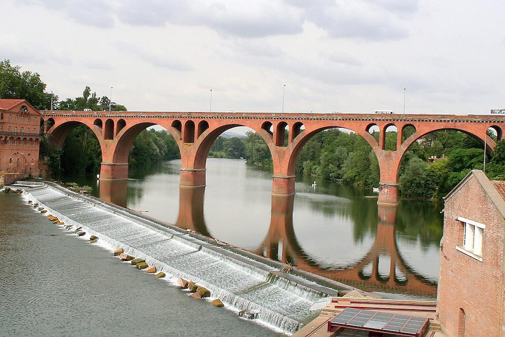 Pont Du 22 Aout 1944, Albi, France