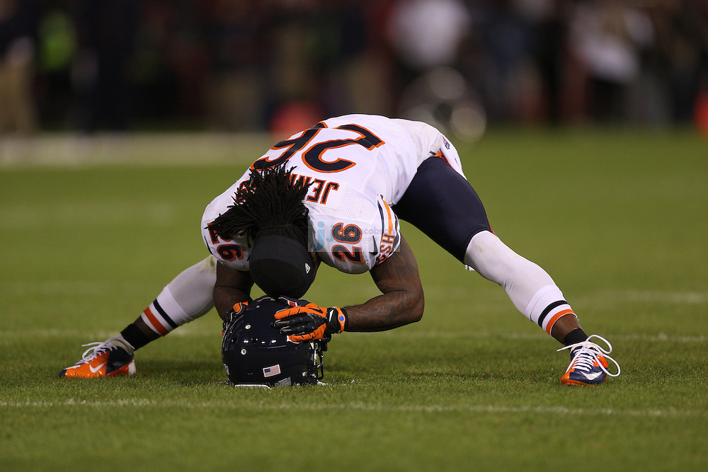 Chicago Bears cornerback Tim Jennings (26) stretches against the San Francisco 49ers, during an NFL game on Monday Nov. 19, 2012 in San Francisco, CA.  (photo by Jed Jacobsohn)
