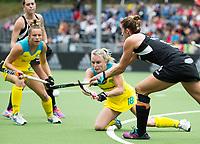 BRUSSELS - Jane Claxton (Aus.)   NEW ZEALAND v AUSTRALIA Hockey World League women. COPYRIGHT KOEN SUYK