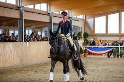 Domantez mit Frederike Maas<br /> Klein Offenseth - Hengstschau Stall Hell 2020<br /> © www.sportfotos-lafrentz.de/Stefan Lafrentz