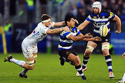 Ben Tapuai of Bath Rugby passes the ball - Mandatory byline: Patrick Khachfe/JMP - 07966 386802 - 31/12/2016 - RUGBY UNION - The Recreation Ground - Bath, England - Bath Rugby v Exeter Chiefs - Aviva Premiership.