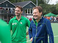 BLOEMENDAAL - Stephan Veen (r) en Rogier Hofman (l)  Oud internationals Eby Kessing, Ronald Brouwer en Nick Meijer, alle spelers van Bloemendaal, namen afscheid met een afscheidsdrieluik. COPYRIGHT KOEN SUYK