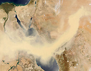 Sandstorm across the Red Sea, 20May13-2005