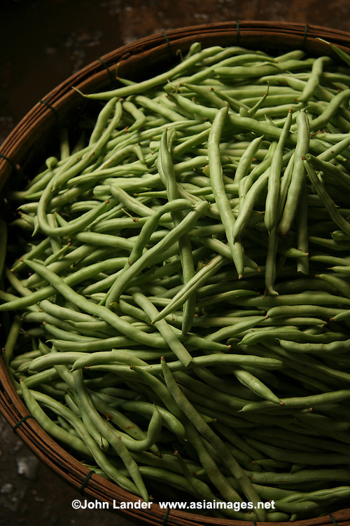 Green Beans - Though most Vietnamese markets are very colorful and active, Hoi An's market positively hums and vibrates with action from morning till mid afternoon.  Here you'll find everything from fresh crabs to herbs and produce to souvenir items.