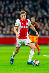 Carel Eiting #8 of Ajax in action during the match between Ajax and PSV at Johan Cruyff Arena on February 02, 2020 in Amsterdam, Netherlands