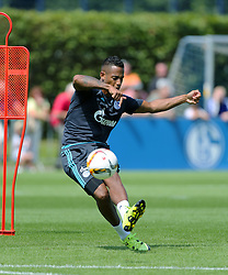 21.07.2015, Trainingsanlage FC Schalke 04, Gelsenkirchen, GER, 1. FBL, FC Schalke 04, Training, im Bild Dennis Aogo (Schalke) mit Ball beim Schusstraining // during a training session of the German Bundesliga Club FC Schalke 04 at the Trainingsanlage FC Schalke 04 in Gelsenkirchen, Germany on 2015/07/21. EXPA Pictures &copy; 2015, PhotoCredit: EXPA/ Eibner-Pressefoto/ Hommes<br /> <br /> *****ATTENTION - OUT of GER*****