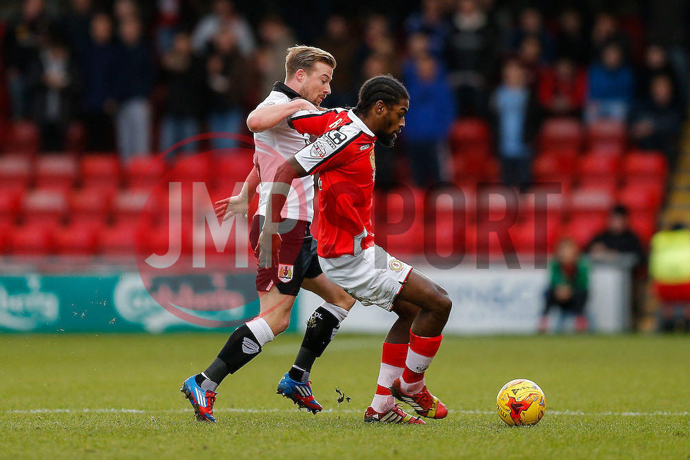 Anthony Grant of Crewe Alexandra is challenged by Wade Elliott of Bristol City - Photo mandatory by-line: Rogan Thomson/JMP - 07966 386802 - 20/12/2014 - SPORT - FOOTBALL - Crewe, England - Alexandra Stadium - Crewe Alexandra v Bristol City - Sky Bet League 1.
