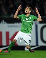 FUSSBALL   1. BUNDESLIGA   SAISON 2011/2012   30. SPIELTAG SV Werder Bremen - Borussia Moenchengladbach    10.04.2012 Markus Rosenberg (SV Werder Bremen) emotional