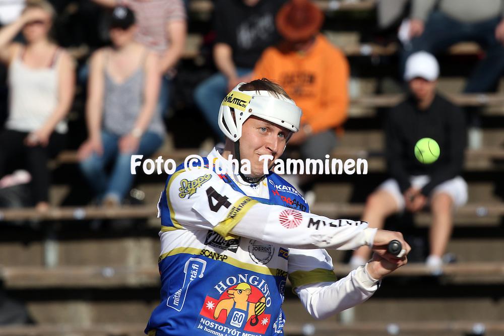 13.5.2016, Pihkala, Hyvink&auml;&auml;.<br /> Superpesis 2016.<br /> Hyvink&auml;&auml;n Tahko - Oulun Lippo.<br /> Antti Korhonen - Oulu