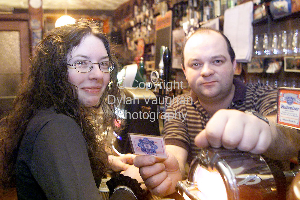 20/1/99 EXAMINER.JANE THOMPSON PICTURED IN CARROLLS BAR IN THOMASTOWN CO KILKENNY HAVING HER I.D CHECKED BY THE OWNER BILL CARROLL BEORE BEING SERVED LAST NIGHT.PICTURE DYLAN VAUGHAN