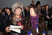 HILARY ALEXANDER; SUSY MENKES, Issa Fashion show. Somerset House. London. 19 February 2010. -DO NOT ARCHIVE-© Copyright Photograph by Dafydd Jones. 248 Clapham Rd. London SW9 0PZ. Tel 0207 820 0771. www.dafjones.com.