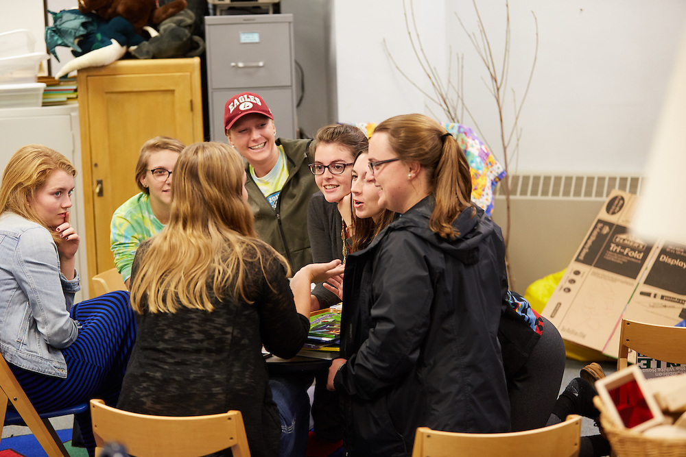 Activity; Engaged; Buildings; Morris Hall; Fall; October; Location; Inside; Classroom; People; Woman Women; Student Students; Time/Weather; day; Type of Photography; Candid; UWL UW-L UW-La Crosse University of Wisconsin-La Crosse