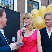 NLD/Amsterdam/20110525 - Presentatie The Luery List #1, Bastiaan van Schaik, Daphne Deckers