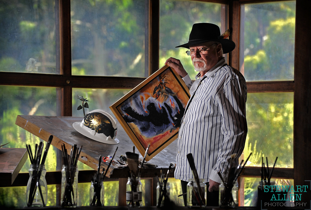 30/01/2009 NEWS: NEWS Artist Robert Juniper is donating two artworks to an exhibition called All Fired Up to raise money for the Mundaring Shire Volunteer Bush Fire Brigades to assist in funding a book about their history.<br /> <br />     Story Alicia Bridges