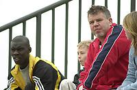 Kjetil Siem, Vålerenga. Pa Madou Kah, AIK. Tromsø - Vålerenga 2-0. Treningskamp. La Manga, Spania. 19. mars 2004. La Manga 2004. (Foto: Peter Tubaas/Digitalsport)