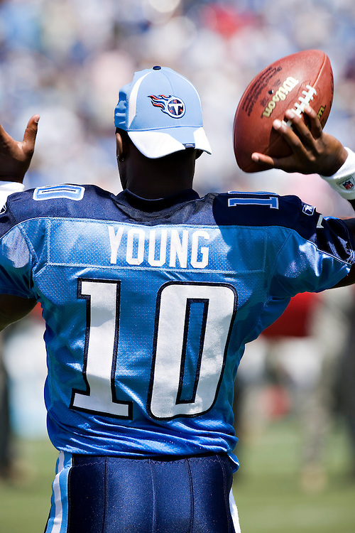 NASHVILLE, TN - SEPTEMBER 7:   Vince Young #10 of the Tennessee Titans during warm ups before a game against the Jacksonville Jaguars at LP Field on September 7, 2008 in Nashville, Tennessee.  The Titans defeated the Jaguars 17-10.  (Photo by Wesley Hitt/Getty Images) *** Local Caption *** Vince Young