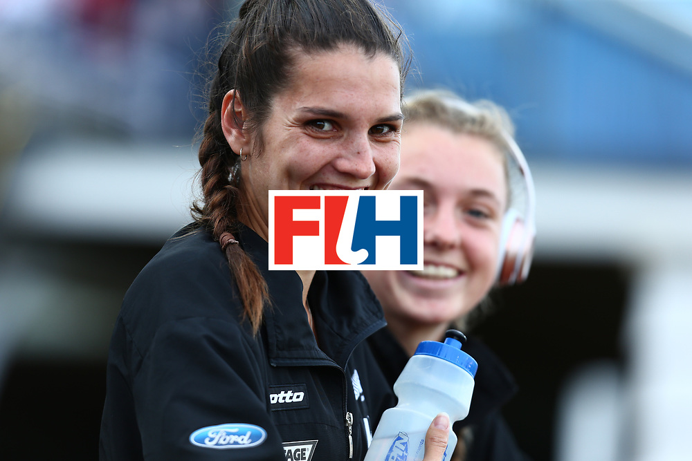 New Zealand, Auckland - 26/11/17  <br /> Sentinel Homes Women&rsquo;s Hockey World League Final<br /> Harbour Hockey Stadium<br /> Copyrigth: Worldsportpics, Rodrigo Jaramillo<br /> Match ID: 10321 - KOR vs ENG<br /> Photo: (6) ROBINSON Amy