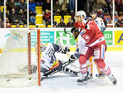 20.11.2016, Stadthalle, Klagenfurt, AUT, EBEL, EC KAC vs Dornbirner Eishockey Club, 21. Runde Grunddurchgang, im Bild das 1:1 durch Žiga Pance (EC KAC, #13), Florian Hardy (Dornbirner Eishockey Club, #49), Kevin Schmidt (Dornbirner Eishockey Club, #10), Jamie Arniel (Dornbirner Eishockey Club, #9)// during the Erste Bank Eishockey League 21st match at preliminary round betweeen EC KAC vs Dornbirner Eishockey Club at the City Hall in Klagenfurt, Austria on 2016/11/20. EXPA Pictures © 2016, PhotoCredit: EXPA/ Gert Steinthaler