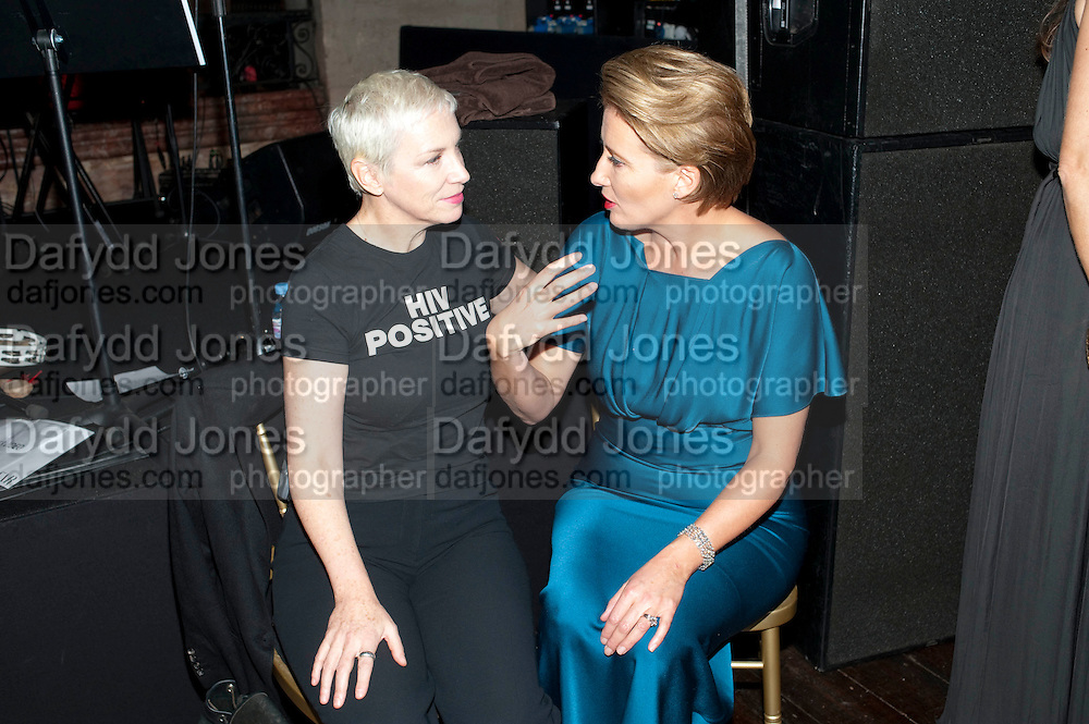ANNIE LENNOX; EMMA THOMPSON, Harpers Bazaar Women of the Year Awards. North Audley St. London. 1 November 2010. -DO NOT ARCHIVE-© Copyright Photograph by Dafydd Jones. 248 Clapham Rd. London SW9 0PZ. Tel 0207 820 0771. www.dafjones.com.