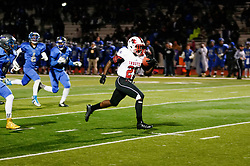 In the PIAA State Championship Imhotep Panthers advance to the Semi Finals with a 46-16 win over Academy Park Knights. (photo by Bastiaan Slabbers)<br /> <br /> Mike Waters rushes to a TD.