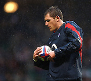 2005 Rugby, Investec Challenge, England vs Manu Samoa, James Forrester, catches the thrown ball, during the pre match warm up.  RFU Twickenham, ENGLAND:     26.11.2005   © Peter Spurrier/Intersport Images - email images@intersport-images....