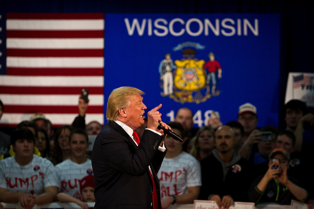 Republican U.S. presidential candidate Donald Trump delivers a speech at a campaign town hall event in Wausau, Wisconsin April 2, 2016.   REUTERS/Ben Brewer