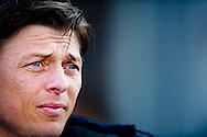 DEVENTER - Roda JC Kerkrade trainer Jon Dahl Tomasson .  Roda JC is op de slotdag gedegradeerd uit de eredivisie. De Limburgse ploeg won zaterdag met 1-0 bij Go Ahead Eagles. Concurrent NEC stelde echter bij kampioen Ajax een kapitaal punt veilig (2-2). Daardoor bleef Roda JC laatste, met 1 punt minder dan NEC. COPYRIGHT ROBIN UTRECHT