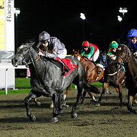 Apostle and Jamie Spencer winning the 6.40 race