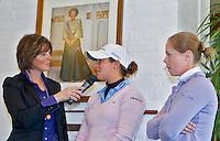 VLAARDINGEN - Persconferentie Ladies Open. Elsemieke Havenga met Christel Boeljon (r) en Marjet van der Graaff.  COPYRIGHT KOEN SUYK