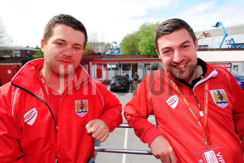 Media Team  - Photo mandatory by-line: Joe Meredith/JMP - Mobile: 07966 386802 - 04/05/2015 - SPORT - Football - Bristol -  - Bristol City Celebration Tour