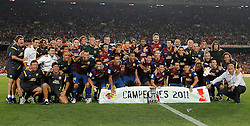 17.08.2011, Camp Nou, Barcelona, ESP, Supercup 2011, FC Barcelona vs Real Madrid, im Bild FC Barcelona's team celebrates the victory during Spanish Supercup 2nd match.August 17,2011. EXPA Pictures © 2011, PhotoCredit: EXPA/ Alterphotos/ Acero +++++ ATTENTION - OUT OF SPAIN / ESP +++++