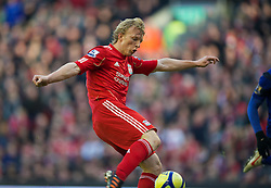 28.01.2012, Anfield, Liverpool, ENG, FA CUP, Liverpool FC vs Manchester United, im Bild Liverpool's match-winner Dirk Kuyt scores the second goal against against Manchester United during the football match of the english FA CUP, between Liverpool FC and Manchester United, at the Anfield Stadium, Liverpool<br /> <br /> ***NETHERLANDS ONLY***
