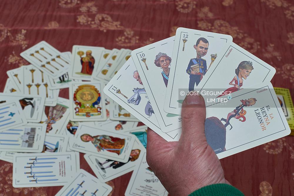 Playing cards with Spanish Royals cartoon | jose gegundez