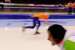 13-01-2013 SCHAATSEN: EK ALLROUND: HEERENVEEN<br /> NED, Speedskating EC Allround Thialf Heerenveen / 1500 women - Ireen Wust creative snelheid <br /> ©2013-FotoHoogendoorn.nl