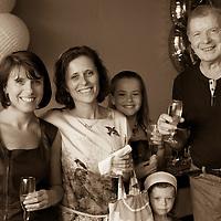 L'Occasion est ideale pour reunir parents amis et proches afini de partager un bon moment autour d'un repas champetre.
