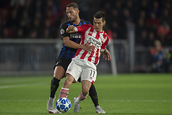 October 4, 2018 - Eindhoven, Netherlands - Hirving Lozano of PSV fights for the ball with Danilo D'Ambrosio of Inter during the UEFA Champions League Group B match between PSV Eindhoven and FC Internazionale Milano at Philips Stadium in Eindhoven, Holland on October 3, 2018  (Credit Image: © Andrew Surma/NurPhoto/ZUMA Press)