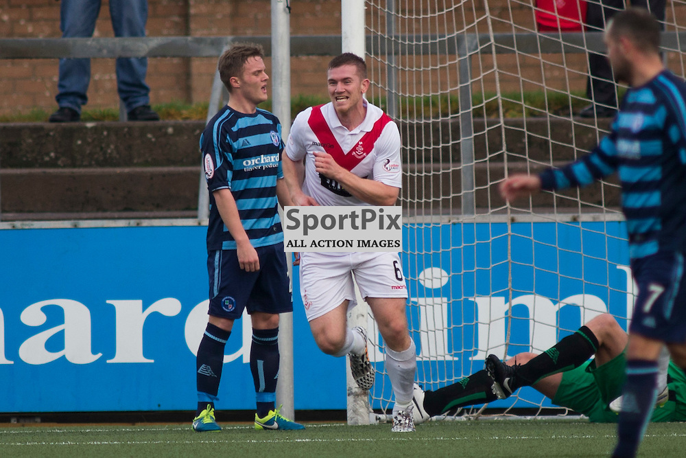 Alan Lithgow (Airdrie 6) Scores a goal in the Forfar Athletic v Airdrie Station Park, Forfar, 07 November 2015<br />