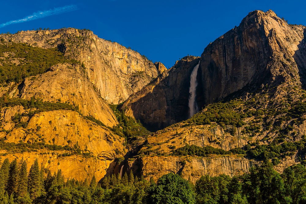 Upper Yosemite Fall, Yosemite National Park, California USA.