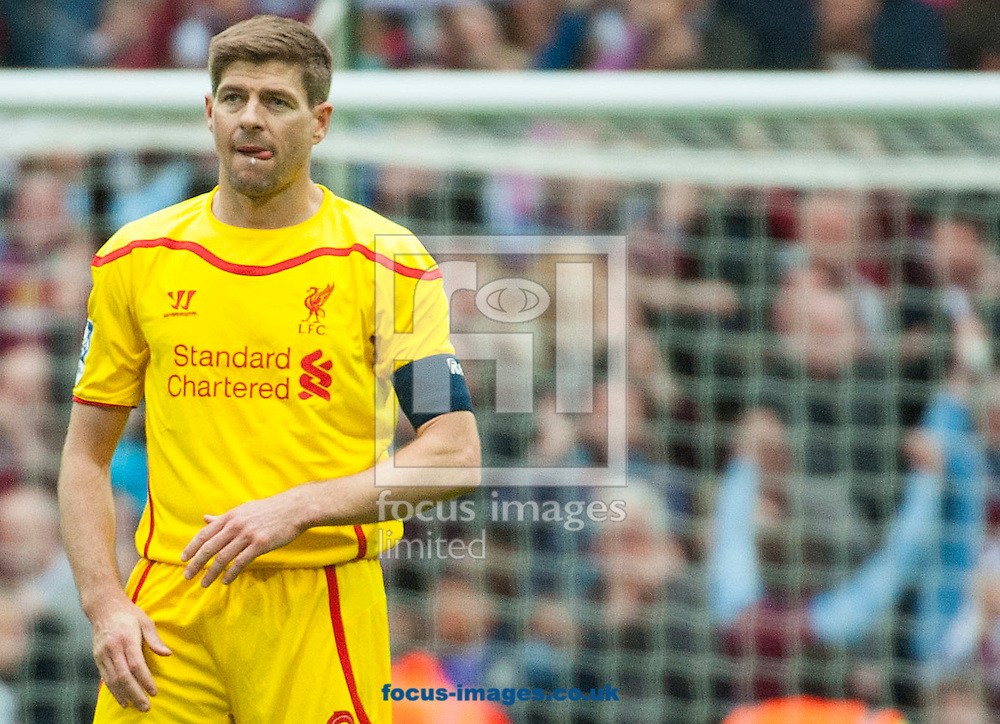 Liverpool captain, midfielder Steven Gerrard reacts after the final whistle following the FA Cup match at Wembley Stadium, London.<br /> <br /> Picture by Jack Megaw/Focus Images Ltd +44 7481 764811<br /> 19/04/2015