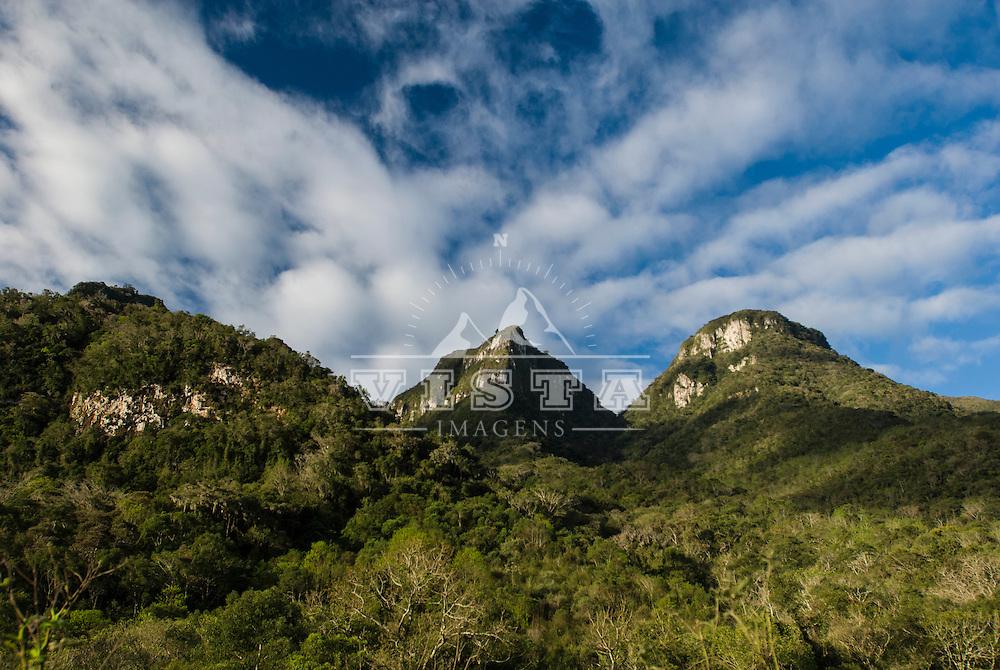 Vale do Arroio Ligeiro, Reserva Biologica da Serra Geral, Barra do Ouro, Maquine, Rio Grande do Sul, Brasil.  foto de Ze Paiva/Vista Imagens