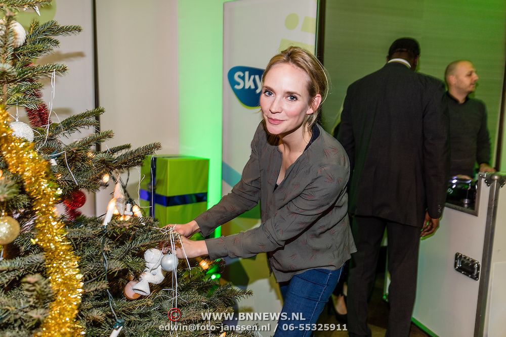 NLD/Amsterdam/20161207 - 8e Sky Radio's Christmas Tree For Charity, Bracha van Doesburg